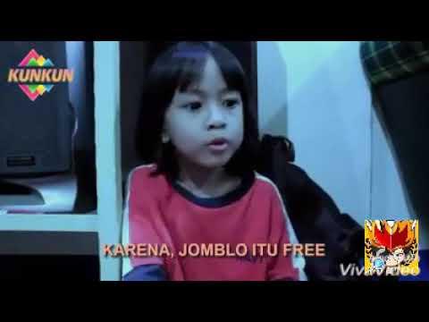 Viral!!!video Anak Kecil Ini Bisa Bikin Semua Ketawa Abis