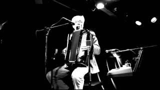 M.A.Numminen & Jani Uhlenius - Du Holde Kunst (video Jyrki Kallio)