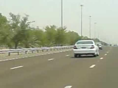 Abu Dhabi-Dubai Highway Driving