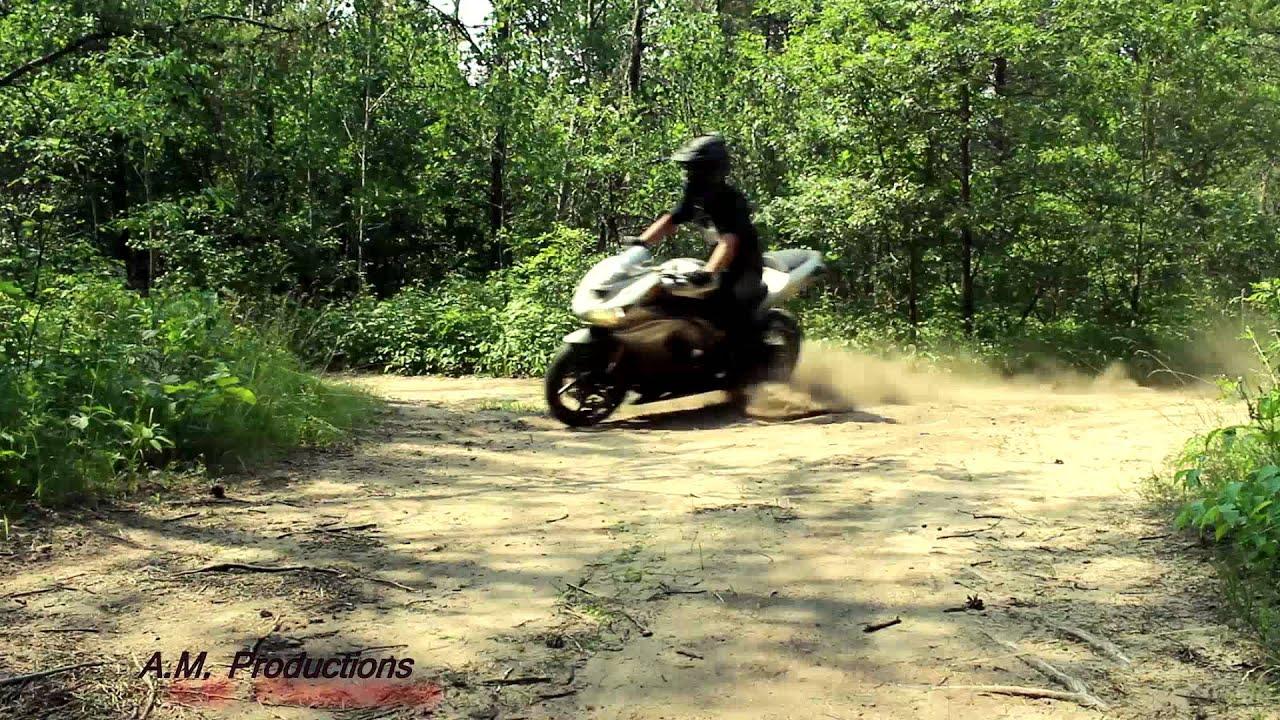 Sport Bikes Vs Off Road 1 Superkawi Youtube