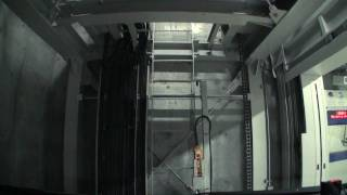 (HD) mechanical parking -六本木ヒルズ機械式駐車場- thumbnail