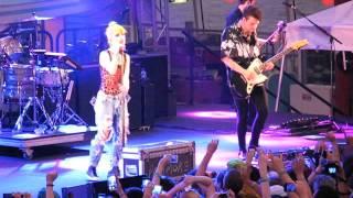 13/17 Paramore - When It Rains @ Parahoy (Show #1) 3/05/16