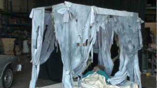 Skel110 Skelly Canopy Bed.mpg