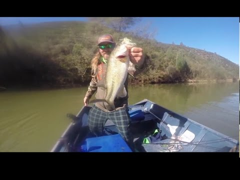Lake pardee march 2017 bass fishing spinnerbaits youtube for Lake pardee fishing report