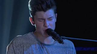 """Shawn Mendes """"Stitches"""" LIVE at Front and Center 2017"""
