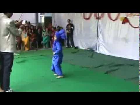 jazzy B & Naag 2 bhangra 8 year boy    HADLY   Appa tan Crown Prince of Bhangra Jazzy B  de fan a