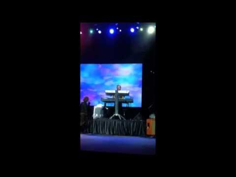 Charice Infinity Tour @HK 19 Mar.,2012 (Moves like jagger+Heartbreak survivor)Lyrics in Description