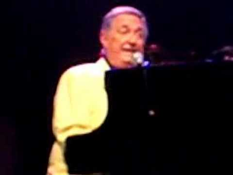 Sedaka Sings You Mean Everything To Me, Roilo Golez Favorite