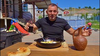 FRIED EGGS WITH VEGETABLES COUNTRY STYLE. ENG SUB.