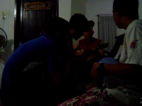 Index Band ngemusik sambil ngelawak.MPG