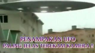 """VIDEO PENAMPAKAN UFO PALING JELAS """"TEREKAM KAMERA DI BUMI"""" PENAMPAKAN UFO TERBARU !!"""
