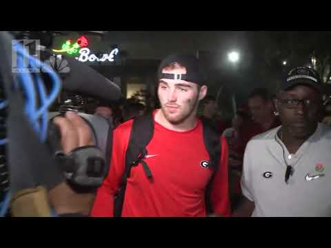 WATCH: UGA players leave the Rose Bowl stadium as bowl champs