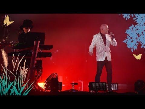 Pet Shop Boys - West End Girls (Radio 2 Live in Hyde Park 2019)из YouTube · Длительность: 4 мин57 с