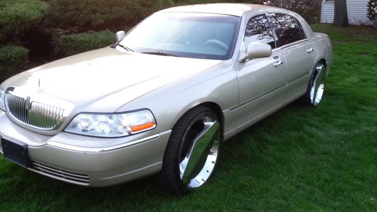 2004 Lincoln Town Car On 24 One Blades Youtube