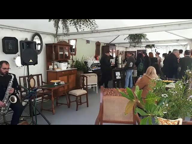 Recreación dun café-concerto en Sarria
