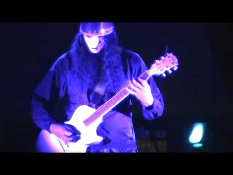 "Buckethead Live ""Frozen Brains Tell No Tales"" 2006"