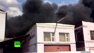 Сильный пожар на востоке Москвы