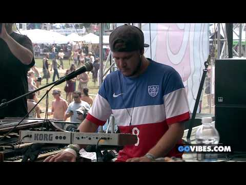 """Twiddle performs """"Frankenfoote"""" at Gathering of the Vibes Music Festival 2014"""