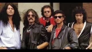 Deep Purple Under The Gun