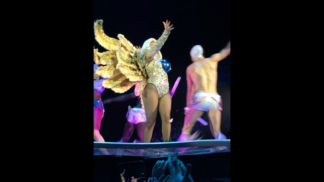 Resultado de imagen de Lady Gaga artRAVE Paris FULL HD