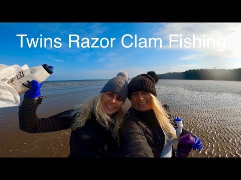 Twins Collecting Razor Clams  Fishing Saundersfoot