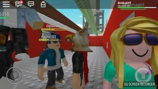 THIS IS SO EMBARRASSING!! 😂//Roblox Natural Disaster Survival 😁