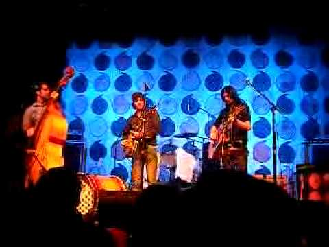 The Avett Brothers - Pretty Girl From Locust - Madison Theatre, Covington, KY 6/21/09