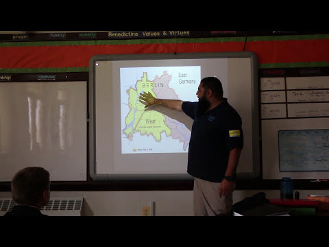 Berlin Wall Berliner Mauer Presentation for the 9th of November 2016 to Middle School Students