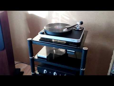 Turntable Clearaudio Concept - Coldplay A Head Full of Dreams