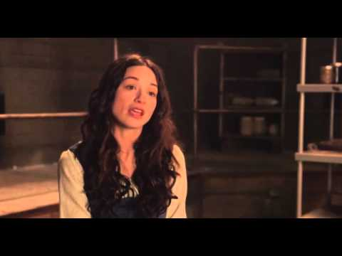 Crystal Reed talks about being back on set MarieJeanne Allison