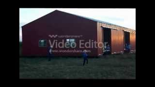 Amish Move Building on Foot
