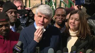Gambar cover FULL SPEECH: Rod Blagojevich addresses media from Chicago home after commutation