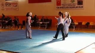 Taekwondo  ( En İYİ TOLYO ) Melike kuş