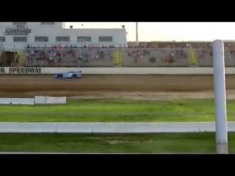 Outlaw Motor Speedway 6/19/15 heat