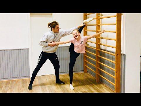 Streching Routine Solomariechen Haley und Solomajor Ben Adams dance gymnastics