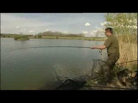 Long distance casting by Danny Fairbrass