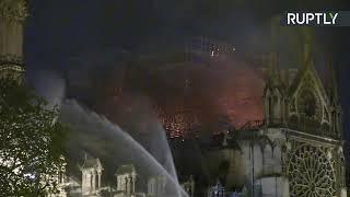 В Париже горит собор Нотр-Дам-де-Пари — LIVE
