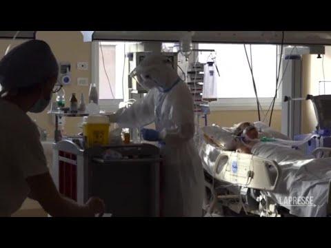 Covid: continuano a crescere in contagi in Italia, quasi 3 mila in 24 ore