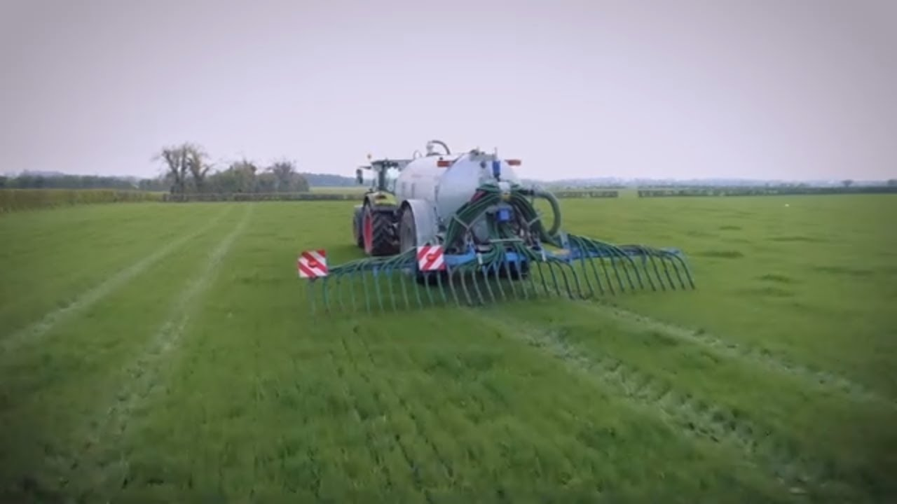 Cross Slurry Tanker & Bomech Trailing Shoe - Cross Agricultural Engineering