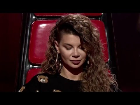 "The Voice of Poland 2015 - Julia Bogdańska sings 'The Power of Love"" by Celine Dion"