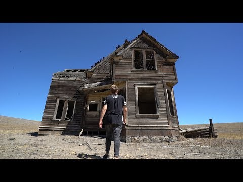 Forgotten House In Middle of Nowhere!!