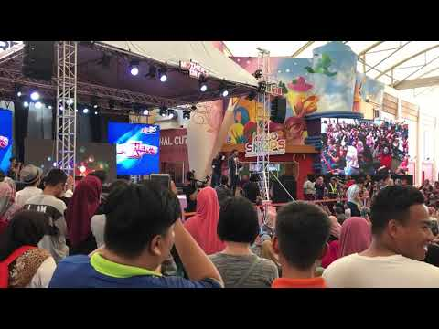 HAEL HUSAINI & DAYANG NURFAIZAH - HARAM(live)