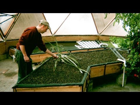 Building Aquaponic Grow Beds - Time Lapsed