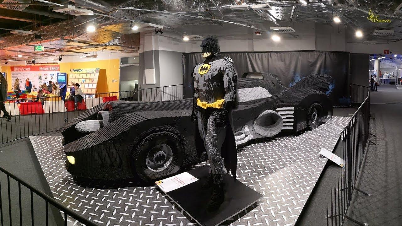 Batmobile i Batman z klocków Lego. Wystawa Budowli z Klocków Lego. PGE Narodowy.
