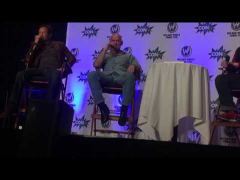 David Duchovny and Mitch Pileggi Panel @ Wizard a World Comic Con Pittsburgh