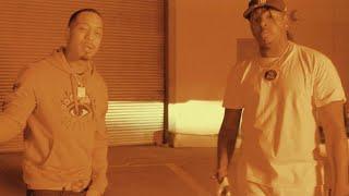 Смотреть клип Compton Av, Celly Ru & $Tupid Young - Outside Thuggin