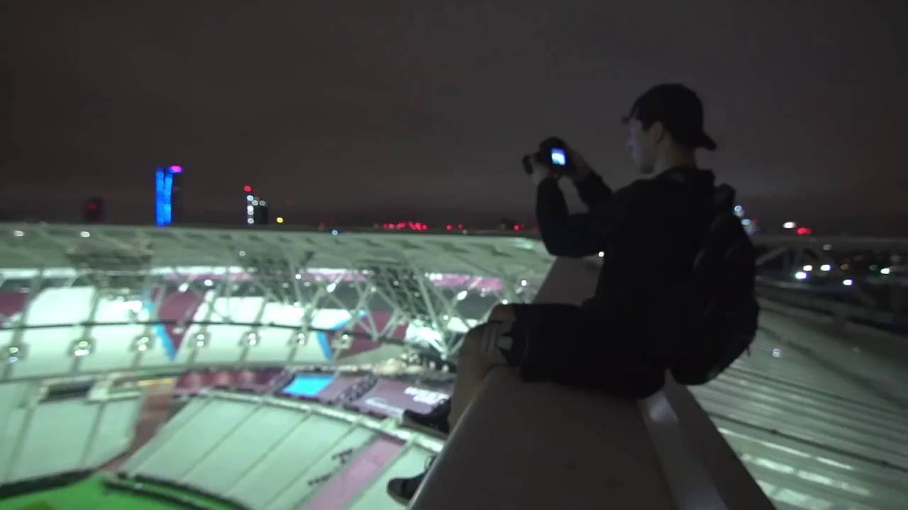 Sneaking Into New Westham Stadium (night Scape) Youtube