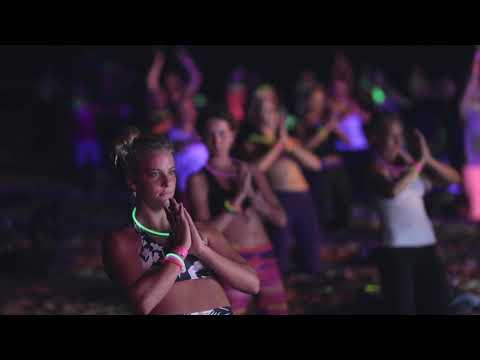 ROXY PRO 2018 | Disco Yoga