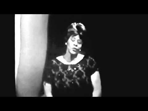 "Ella Fitzgerald - ""I Got It Bad"" (1963)"
