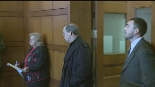 Former Hubbard mayor, charged with sex crimes, appears in court